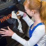 Como quitar los vinilos del coche sin rallarlos